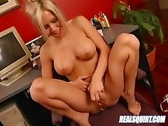 Perfect-ass blonde masturbates hard