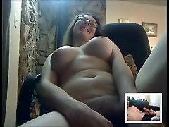 Sexy Mature masturbates for someone on cam