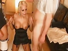 Amateur FMM threesome with blowjobs and facials