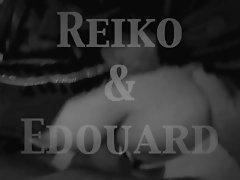 Reiko prise en levrette
