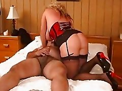 Ron Jeremy makes love to a mature buxom woman - Pt. 34