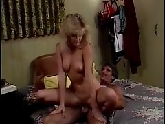 Ginger Lynn and Harry Reems get it on