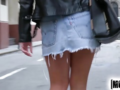Mofos.com - Sienna Day - Public Pick Ups