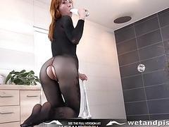 Wetandpissy  Wet porn with kinky redhead