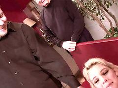 Cuckolding Wife Heidi Mayne Enjoys Anal