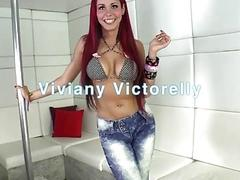 Stunning TS Viviany Victorelly is sucked