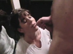Elegant elegance enjoys cum facials that are filthy
