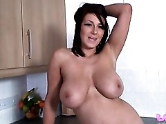 Curvy naked body is perfect for stroking to