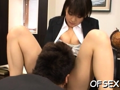 Wanting doxy gets juicy an eager to sit on some hard cock