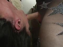 Attractive nymphet enjoys getting pounded by her kinky blindfolded lover