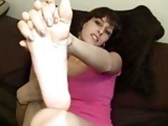ERIN DUVAL SEXY SOLES