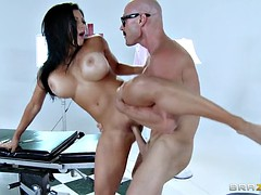 audrey bitoni gets her clearly shaved cunt pounded standing up