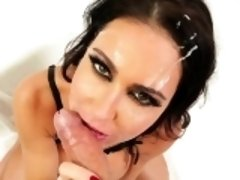 Cocksucking milf cummed