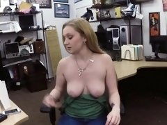 Amateur chick banged by subtle fucker