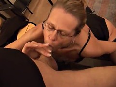 rough sex in the middle of the office for the mature blonde marga