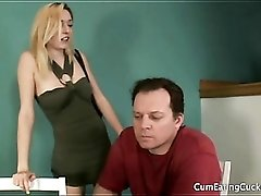 Slutty wife lets black guy eat out her pussy