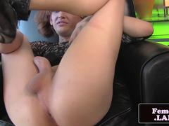 Smalltitted amateur tgirl pulling her cock