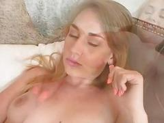 Iggy Amore enjoyed cum blasted on face