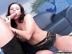 Sweet girl with a nice smile sucks big cock