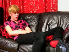 Gay video 18 yr old Austin Ellis is a sugary-sweet gay man f