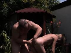 Hot pornstar seduce