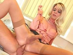 Blond tranny MILF Joanna Jet's ass is on cougar hunt