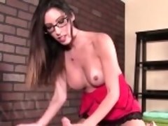 Beautiful masseuse gives a happy ending