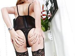 Sexy redhead tranny masturbates her dick