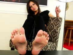 Stunning tgirl teases with her perfect feet