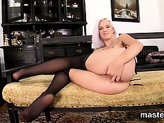 Hot czech kitten stretches her tight slit to the unusual