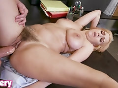 Trickery - April O'Neil tricked into fucky-fucky with a security guard
