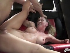 Cherrie is fucked in the car