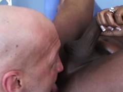 Ebony tranny Chasidy in blowjob action