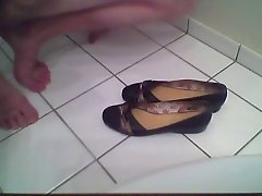 Cum on my mom Shoes #1